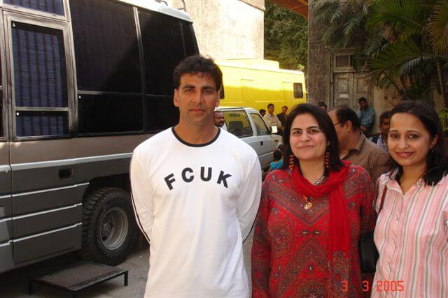 Mrs. Vidya Govindani with Bollywood actor Akshay Kumar