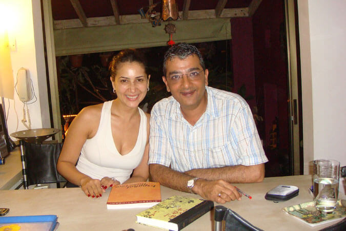 Mr. Dinesh Govindani with Bolllywood actress Kim Sharma, one of our celebrity students at Academia de Español