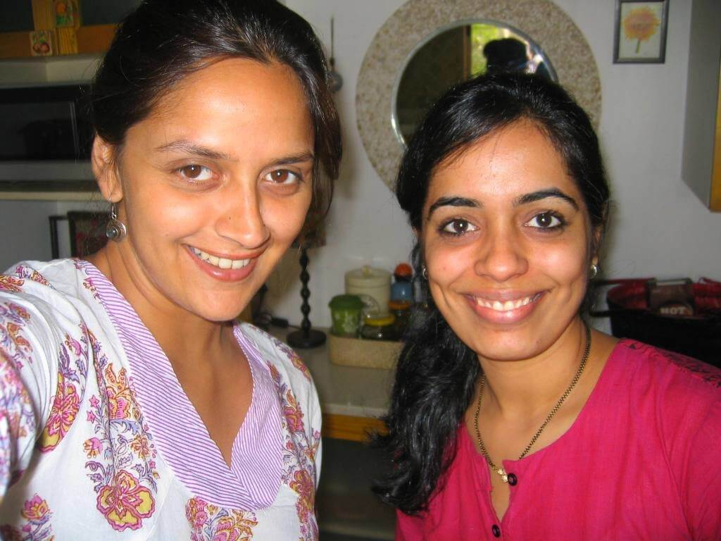 Our faculty Pallavi with Ahana Deol, one of our recent students at Academia De Español